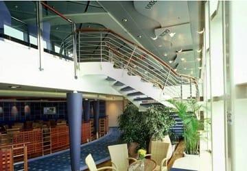 anek_lines_hellenic_spirit_stairwell