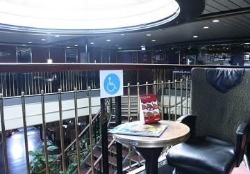 balearia_avemar_dos_disabillity_seating_area