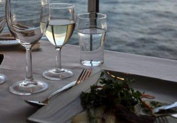 dfds_seaways_pearl_seaways_dining_with_ocean_views