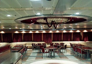 grimaldi_lines_catania_self_service_seating_area