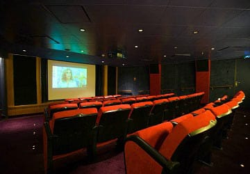 po_ferries_pride_of_hull_cinema