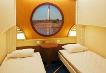 viking_line_amorella_inside_cabin_bunk_beds