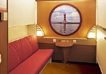viking_line_amorella_outside_cabin_bunk_beds